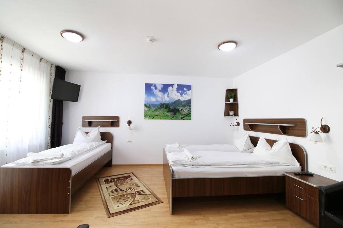camera tripla in pensiunea Casa Micu Sibiu
